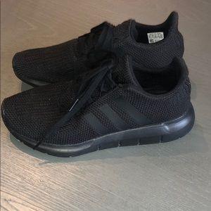 🖤 Black Adidas 🖤